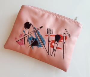 Подарок Косметичка с вышивкой 'Makeup ' (149-14621962)