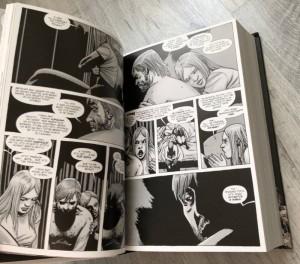фото страниц Ходячие мертвецы. Полное собрание (Суперкомплект из 3 книг) #13