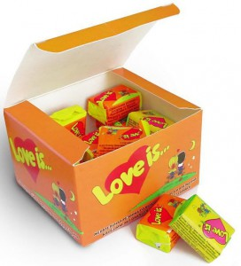 фото страниц Блокнот 'Моя любовь #всписках' + Жевательная резинка Love is... 'Апельсин-Ананас' #6