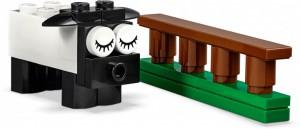 фото Конструктор LEGO Classic 'Кубики и глазки '(11003) #10