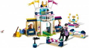 фото Конструктор Lego Friends 'Стефани на скачках' (41367) #2