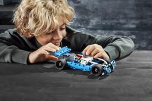 фото Конструктор Lego Technic 'Полицейская погоня '(42091) #7