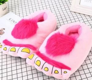 Подарок Плюшевые тапочки 'Ноги первобытного человека' Pink (top-707)