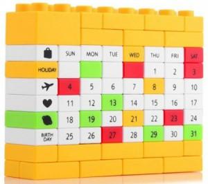 Подарок Вечный календарь LEGO Yellow