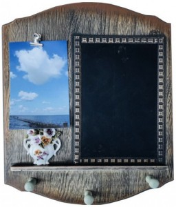 Подарок Ключница настенная с доской для заметок и зажимом под фото (top-622)