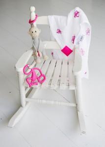 фото Подарочный набор Matchistick Monkey , Pink (пеленка,прорезыватель,мягкая игрушка) (659436669864) #3