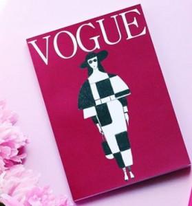 Книга Блокнот в точку. Vogue. Purple
