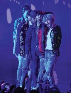 фото страниц BTS. Короли K-POP #4
