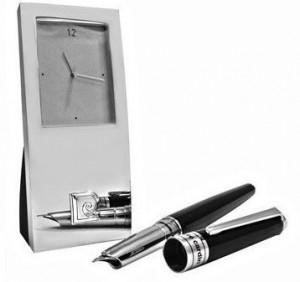 Настольный набор Pierre Cardin часы и перьевая ручка (PR2606)