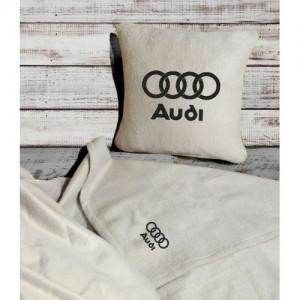 Плед-подушка автомобильный с вышивкой 'Audi', в чехле