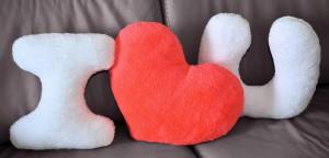 Подарок Набор подушек 'I love you' с коралловым сердцем