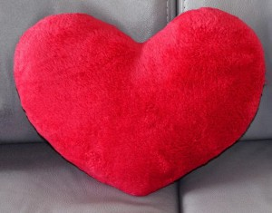 Подарок Подушка 'Сердце' красное