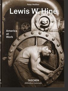 Книга Lewis W. Hine. America at Work