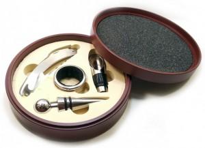 Подарок Набор сомелье в деревянной шкатулке, 4 предмета (DN18894A)