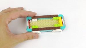 фото Конструктор Lego Friends 'Горнолыжный курорт: фургончик по продаже горячего шоколада' (41319) #7