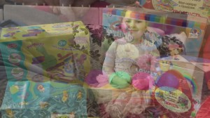 фото Яйцо-сюрприз с игрушками 'Творчество' #6