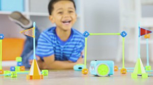 фото Игровой STEM-набор Learning Resources Робот Botley (LER2935) #11