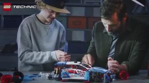 фото Конструктор Lego Technic 'Гоночный автомобиль' (42077) #4